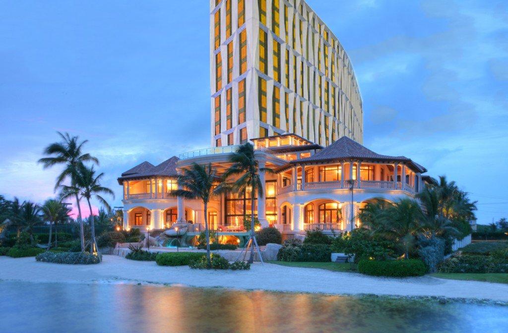 Cayman UChicago Dorm
